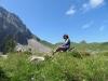 Marianne vor Bummerengrat, hi  Regenboldshorn 2193m