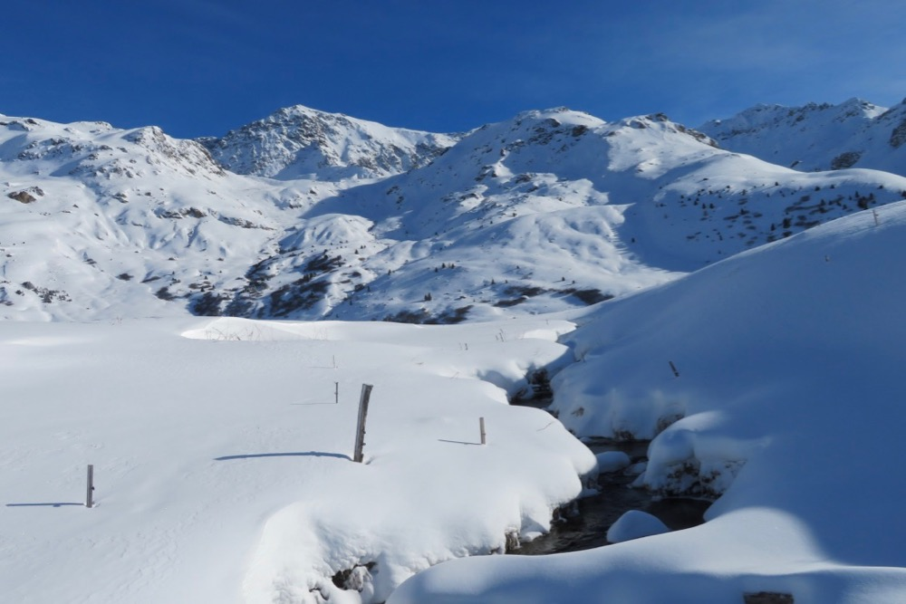 Winterwunder auf der Alp Flix; Piz d'Err Pitschen  3308m, Piz Calderas 3397m, Piz Cucarnegl
