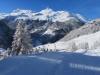 Winterstimmung auf der Alp Flix; das Dorf Sur; Piz Forbesch  3226m, Piz Arbalatsch 3203m