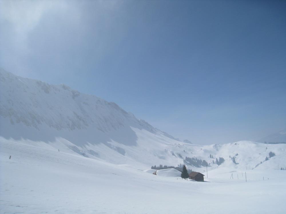 Sicht auf Blatten und Arnibergegg