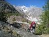 Brigitte auf dem Weg zur Burghütte;  vor dem kl. Wannenhorn ; Triftgletscher und Fieschergletscher