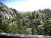 Blick  von der Burghütte aus auf den Weg. de hieher führt