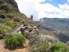 kurze Pause: Brigitte und Jörg bei der Cueva de Cabellero