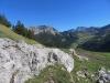 Blick gedgen Malbun; li Gamsgrat 2106m, Ochsenkopf 2285m, Malbun; re Panüeler Kopf 2856m, Salaruelerkopf 2841m, Schafberg 2727m