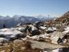 auf dem Weg zum Tälligrat; ein Blick zurück:   Hillehorn 3181m, Bortelhorn 3194m, Monte Leone  3553m, Breithorn 3366m, Weissmies 4023m, Fletschhorn 3996m,  Rimpfischhorn 4199m, Alphubel 4206m, Mischabelgruppe 4000m