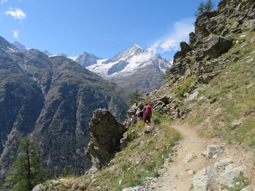 auf dem Europaweg:  Schalihorn 3975m, Weisshorn 4505m