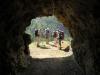 durch den Tunnel ins Freie