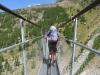 Adrian auf der Charles Kuonen Hängebrücke  494 Meter lang