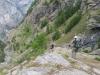 ein steiler Abstieg nach Chüebodmen