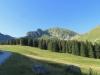 Alpstrasse gegen den Morgetenpass; Chummlispitz, bürglen, Birehütte  und Birehubel