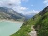Blick auf den Staudamm des Göschenersees
