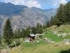 Blick von der Chilcheri Suone auf das Dorf Jungu