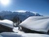 Winterstimmung; Rosenhorn 3689m, vorne Wellhorn 3192m, Mittelhorn 3704m, Wetterhorn 3701m, Scheideggwetterhorn 3361m, Eiger 3970m, Tschingel 2326m, Scharzhorn 2928m,  Garzen 2710m, Wldgärst 2891m,  Oltschiburg 2234m
