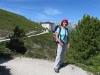 Marianne vor dem Hotel Weisshorn