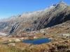 der kleine See unterhalb der  Grimsel Passhöhe; Gärsthörner, Hohhoren 2831m,