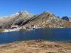 Grimsel Passhöhe 2164m  mit Totesee  2160m;  Gärsthörner und Hohhoren