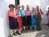 im Kloster Chozoviotissa; Frauen müssen Jupes tragen