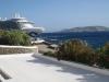 in Mykonos; Kreuzfahrtschiff