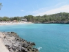 Badestrand an der Küste der Naturparks Mondrago