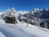 tiefster Winter auf dem Weg zur Winteregg; Blick auf Wengen und Männlichen