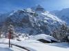 Mürren; Eiger 3970m, Mönch 4099m, Jungfrau, 4158m,  davor  Schwarzer Mönch 2648m, Jungfrau, 4158m,  davor  Schwarzer Mönch 2648m Gletscherhorn 3983m, Aebeni Fluh,