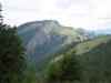 Pfingstboden 1421m und  vorne  Alp Neuwald