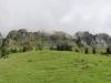 Blick auf die Felswände von Schijen und Ortstock