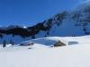 tief verschneite Alp  Latten mit Säntiskette