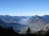 Sicht von der Aussichtskanzel vor der Holzegg; Oberbauen, Niderbauen, Schwalmis, Hochflue; Brunnen und Schwyz