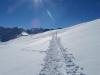 ein Blick zurück auf li Hörnli 1942m; Wellhorn 3192m, Rosenhorn 3689m, Mittelhorn 3704m, Wetterhorn 3692m