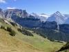 Ussri Sägissa 2423m, Winteregg 2561m,  Bira 2453m,  Wellhorn 3192m, Wetterhorn 3704m, Mittelhorn 3704m, Bärglistock 3656m, Kl.Schreckhorn 3494m,  Schreckhorn 4078m, Lauteraarhorn 4042m, Finsteraarhorn 4275m