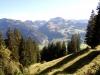 Sicht bei Aufstieg zum Sparenmoos: Muntigalm, Seehorn, Chumigalm 2125m