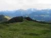 Panorama: mi Diethelm; re u  Alp P.1516m unterhalb dem Spital