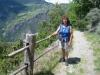 Marianne beim Aufstieg nach Visperterminen