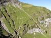 ein spezieller Weg durch den Steilhang des Walengrabens