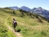 Weg gegen Rosenbold ; Rotsandnollen  2700m, Hanghorn 2679m, Huetstock 2676m, Scheideggstock 2078m , Huetstock 2676m, Widderfeldstock