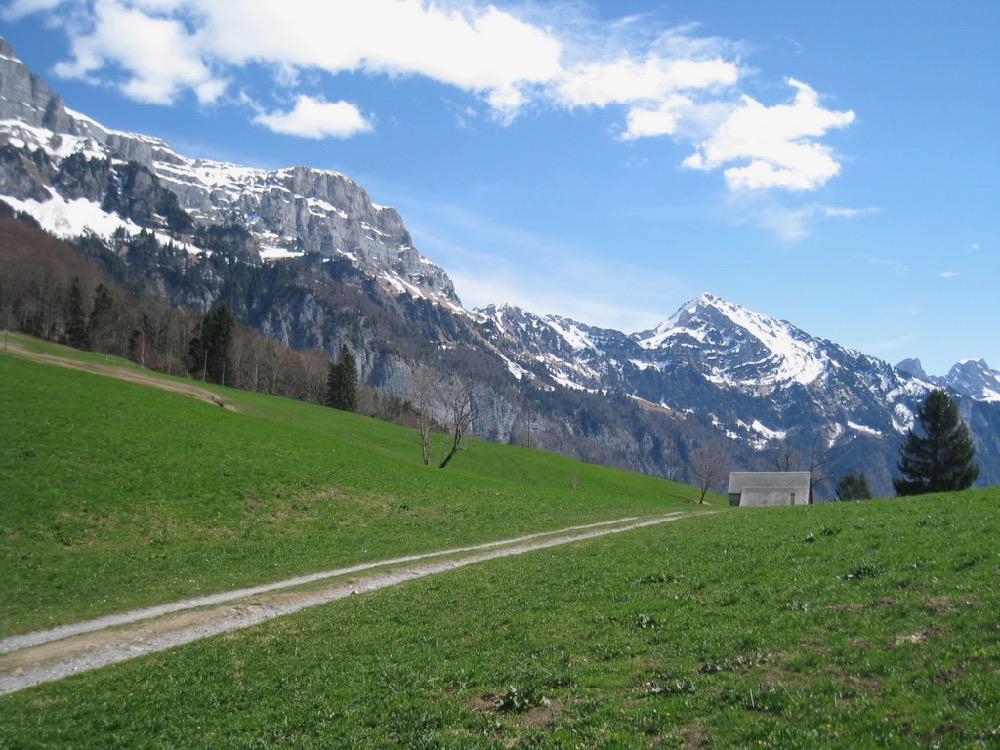 auf Engen; Hinderugg 2306m, Chäserrugg 2262m, Sichelchamm 2259m