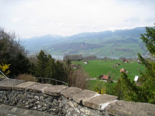 Sicht von der Flüeli Kapelle auf den Sarnersee