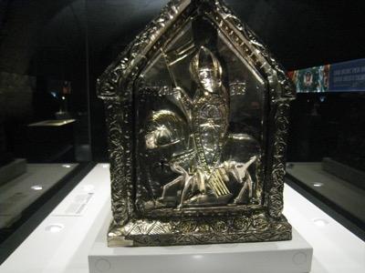 Darstellung des heiligen Mauritius auf dem Mauritiusschrein