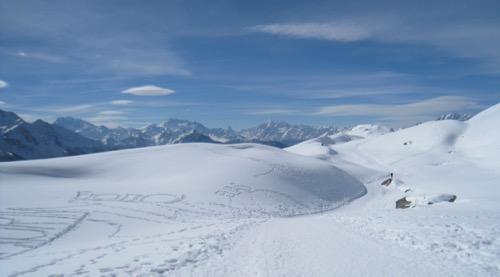 auf dem Winterwanderweg: Fletschhorn, Mischabelguruppe, Matterhorn, Weisshorn