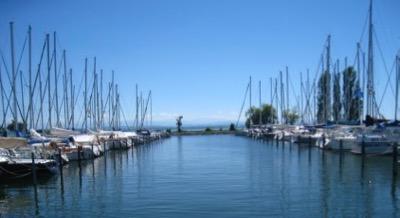 der Hafen bei Auvergnier